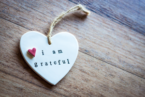 I am grateful decorative heart